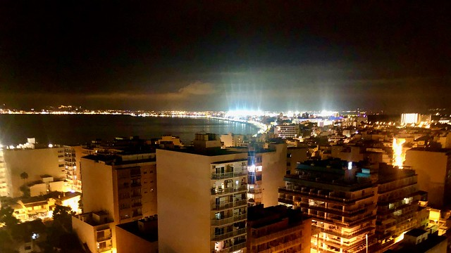 Sky Bar by night