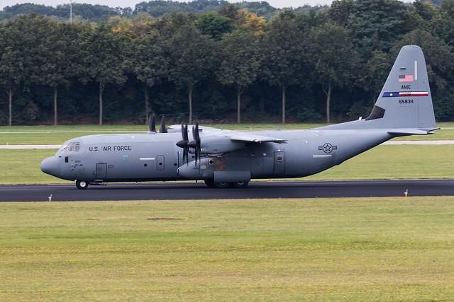 Eindhoven EHEH 2021 : Falcon Leap  USAF AMC C-130J-30 16-5834