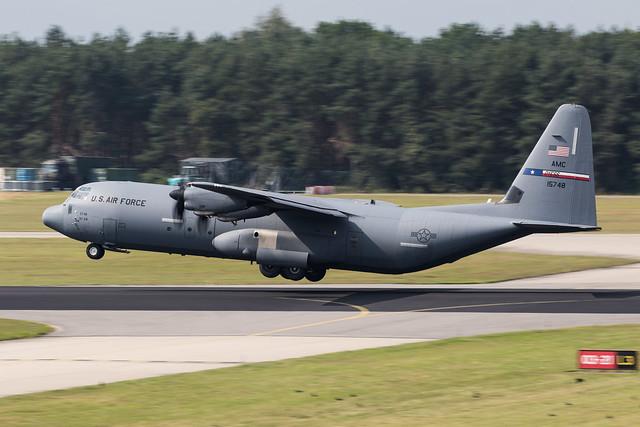 Eindhoven EHEH 2021 : Falcon Leap  USAF AMC C-130J-30 11-5748