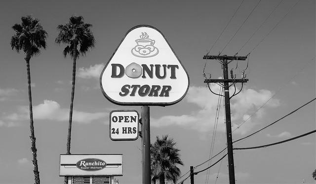 Donut Storr