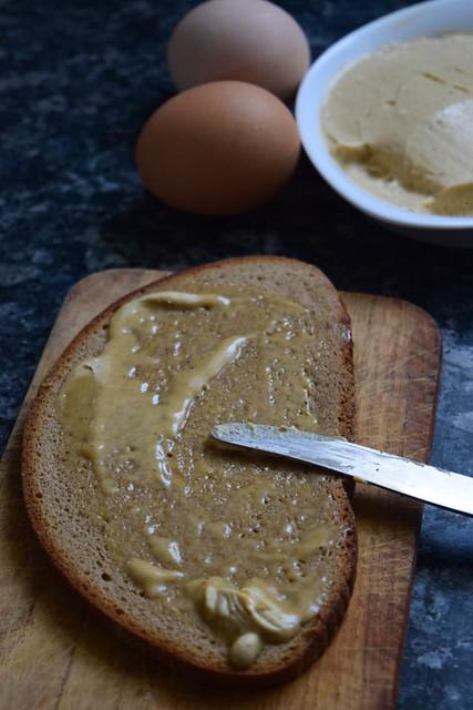 Scotch woodcock (bécasse écossaise ou toasts d'œufs brouillés à l'anglaise)_