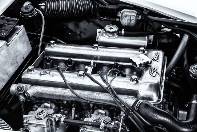 Engine--Alfa Romeo Racecar 2