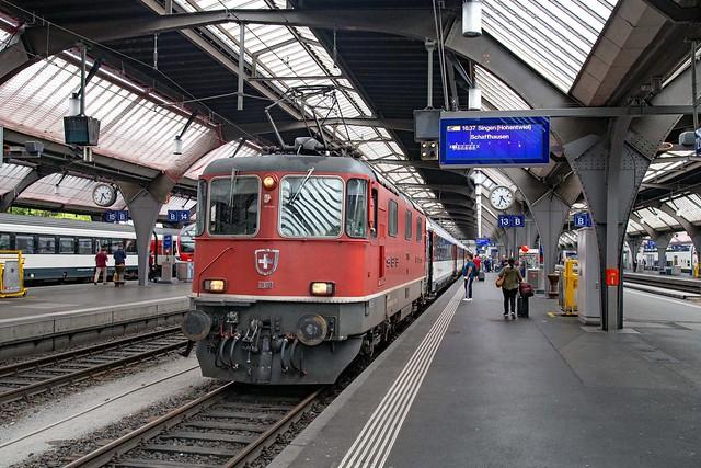 SBB Re 4/4 420 136 Zürich Hbf