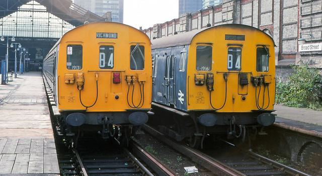 Class 501's DTOS M75189 & M75154 - Broad Street.