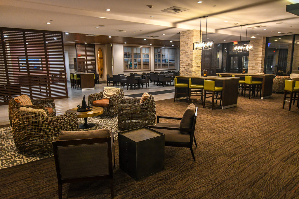 Seating Suncoast Park Hotel