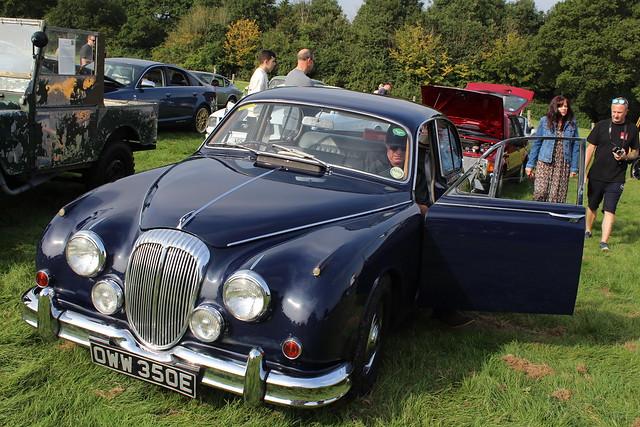 Daimler 1967 250 OWW 350E