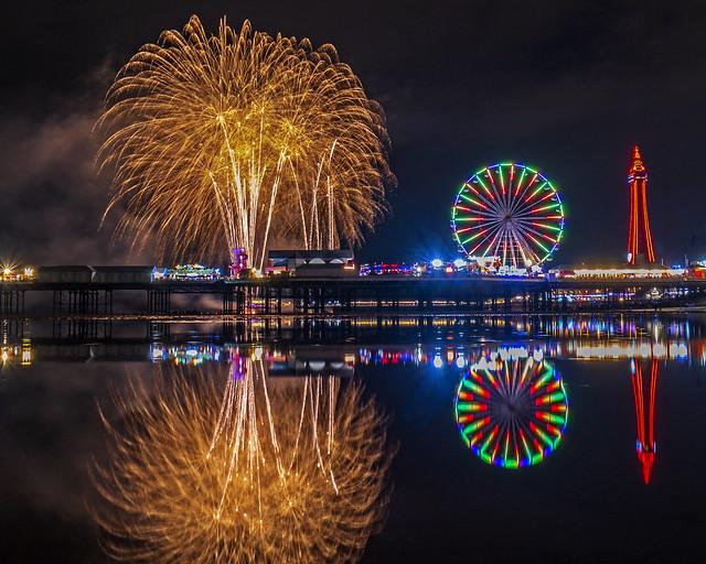 Blackpool fireworks Irish finale