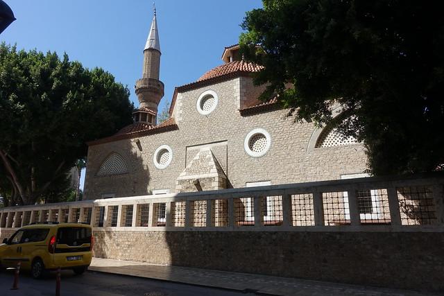 Karakaş Cami