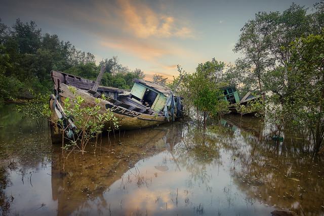 Kampung Seberang Marang Abandoned Ships