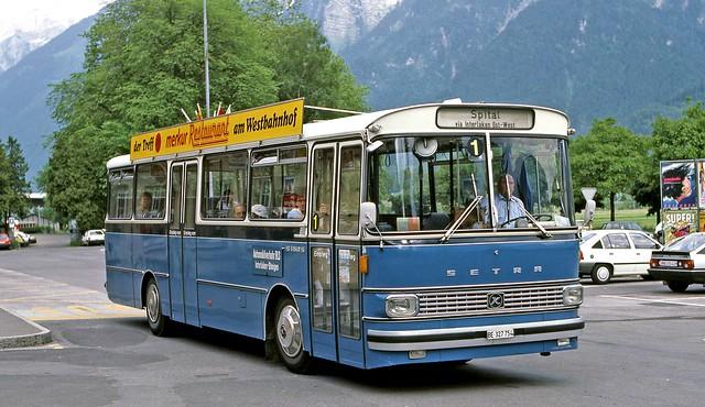 Automobilverkehr BLS: BE327754 at Bhf. Interlaken Ost