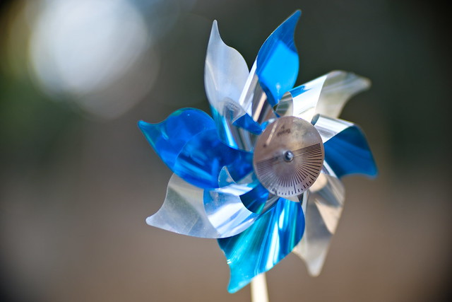 Blue-White Bokeh