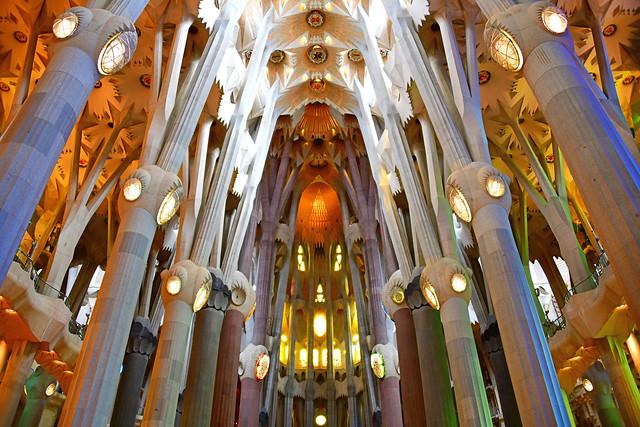 SAGRADA FAMILIA - Barcelona (Explore)
