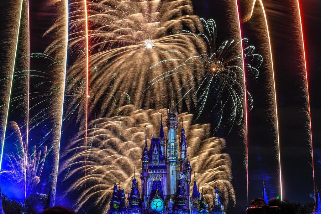 Gold fireworks HEA MK