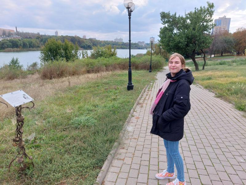 Faina Savenko après la cérémonie d'ouverture du festival Étoiles au-dessus du Donbass