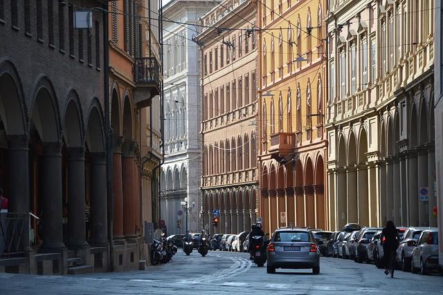 Bologna, via Farini