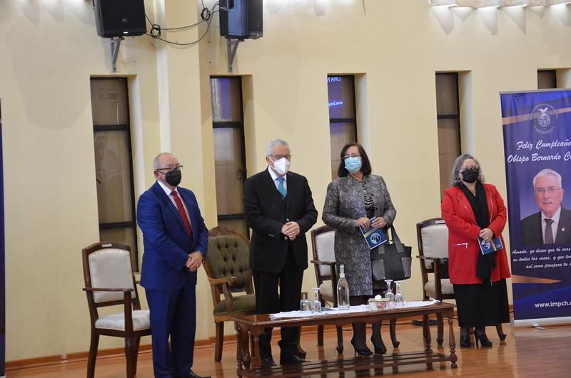 Merecido reconocimiento a nuestro Obispo Bernardo Cartes y Diaconisa Alicia Reyner