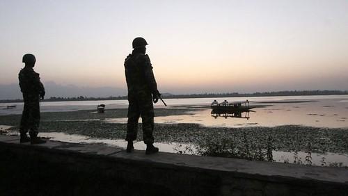 'Indian Military Exercises on Dal Lake cannot Intimidate Kashmiris'