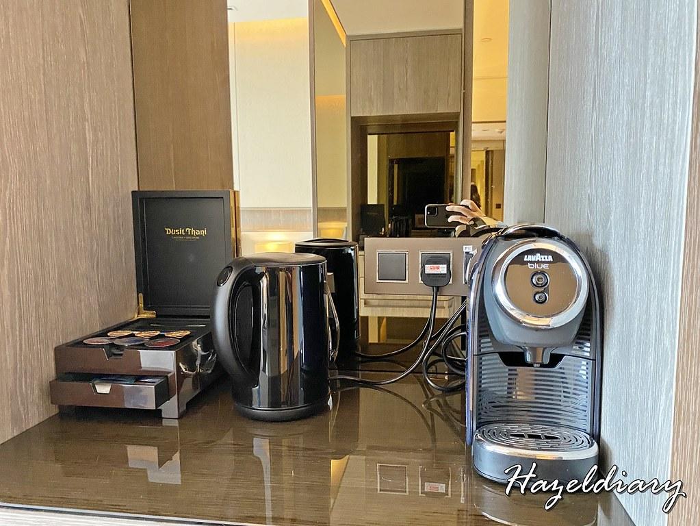 dusit thani laguna singapore hotel room-2