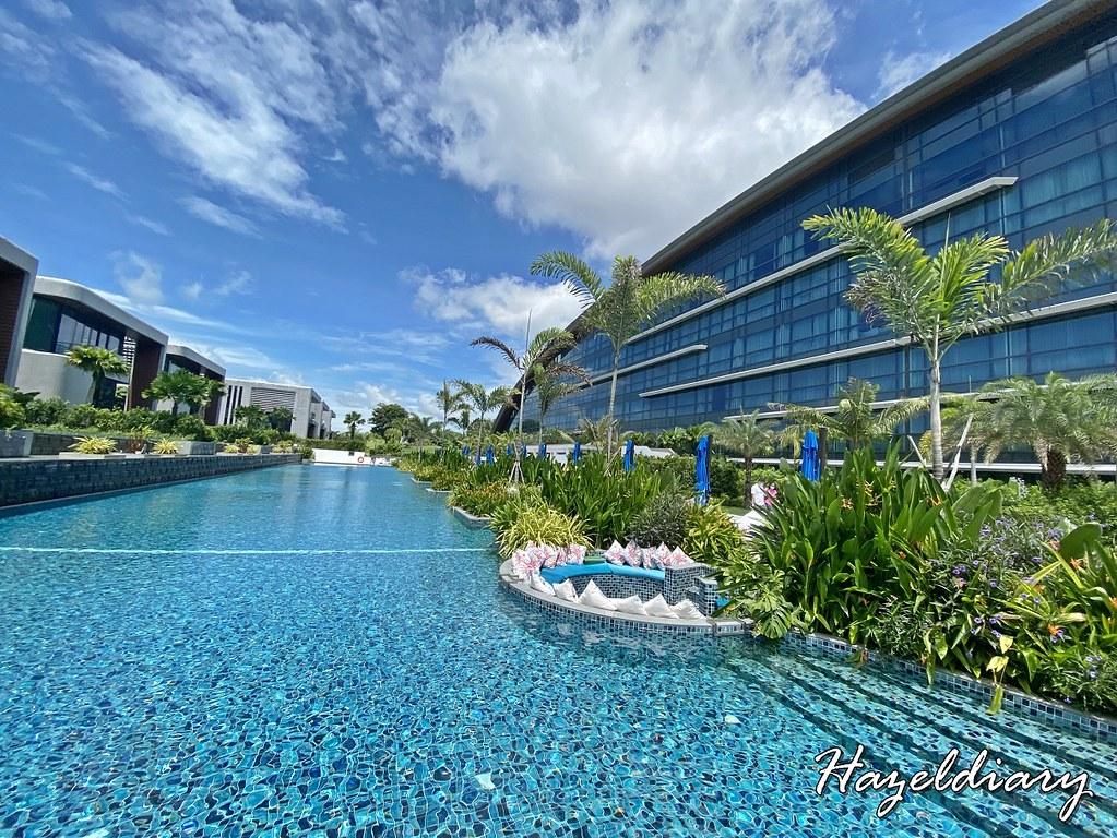 dusit thani laguna singapore hotel Swimming pool