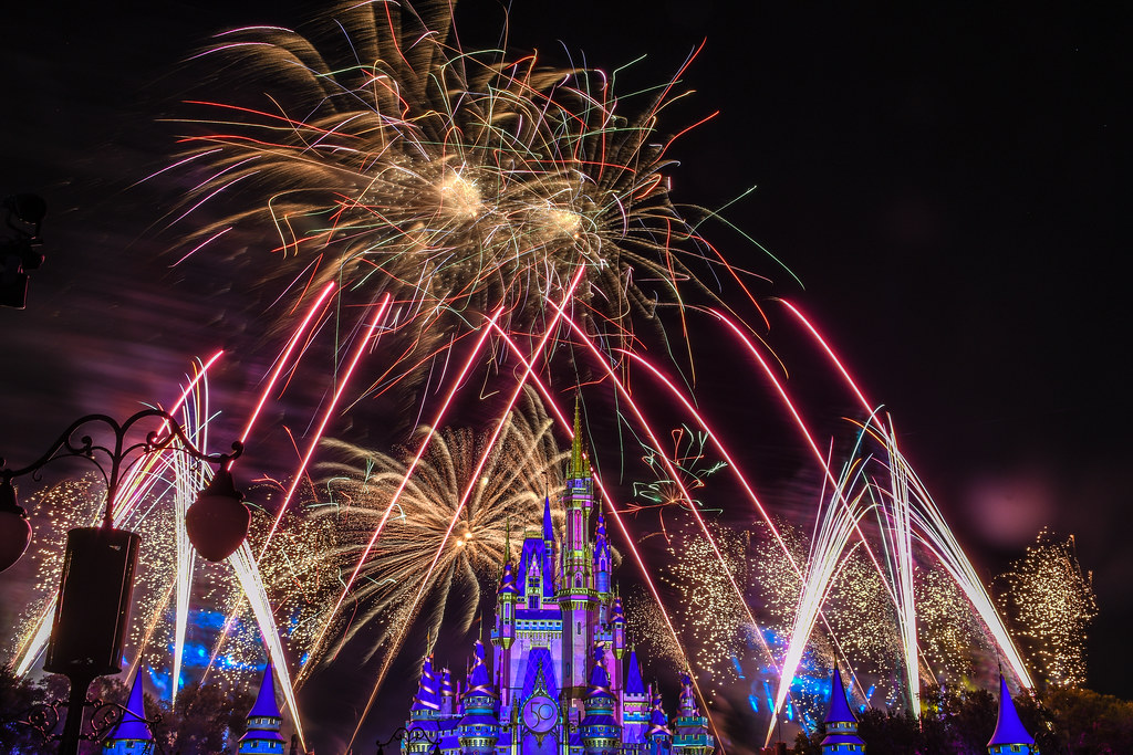 Disney Enchantment Gold red streaks MK