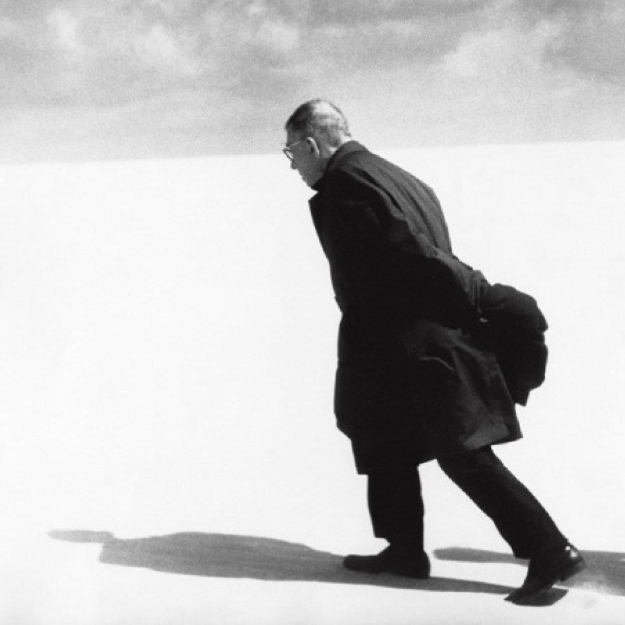 41. 1965. Жан-Поль Сартр в Ниде
