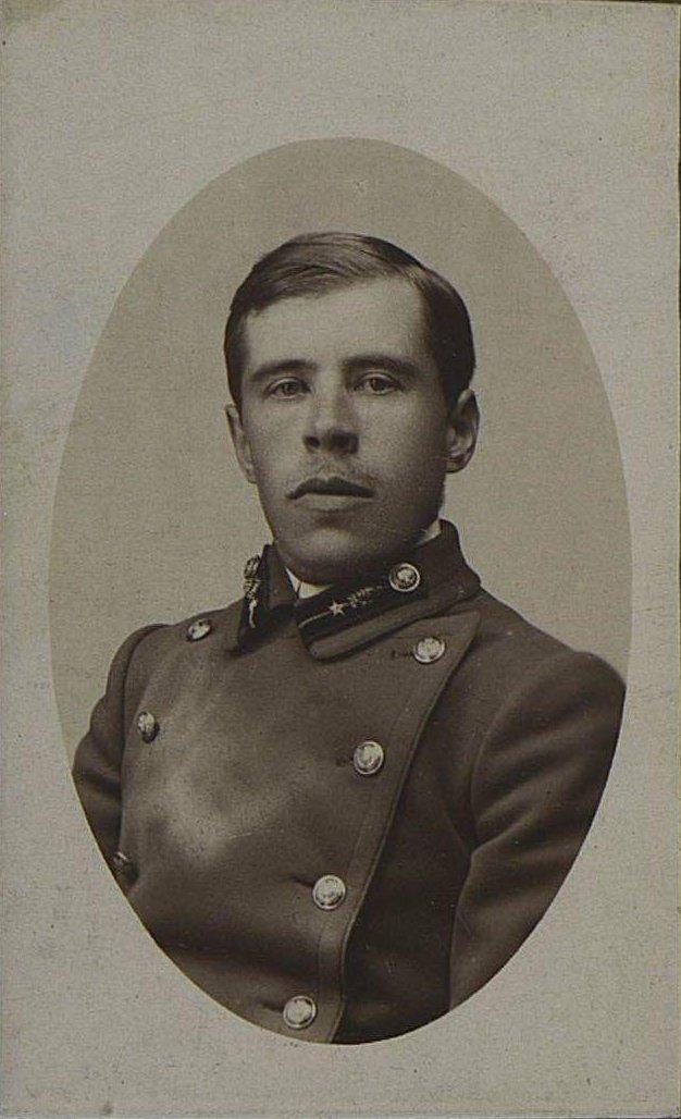 Фуфаев Михаил Иванович, бухгалтер Дмитровского уездного казначейства. 1910