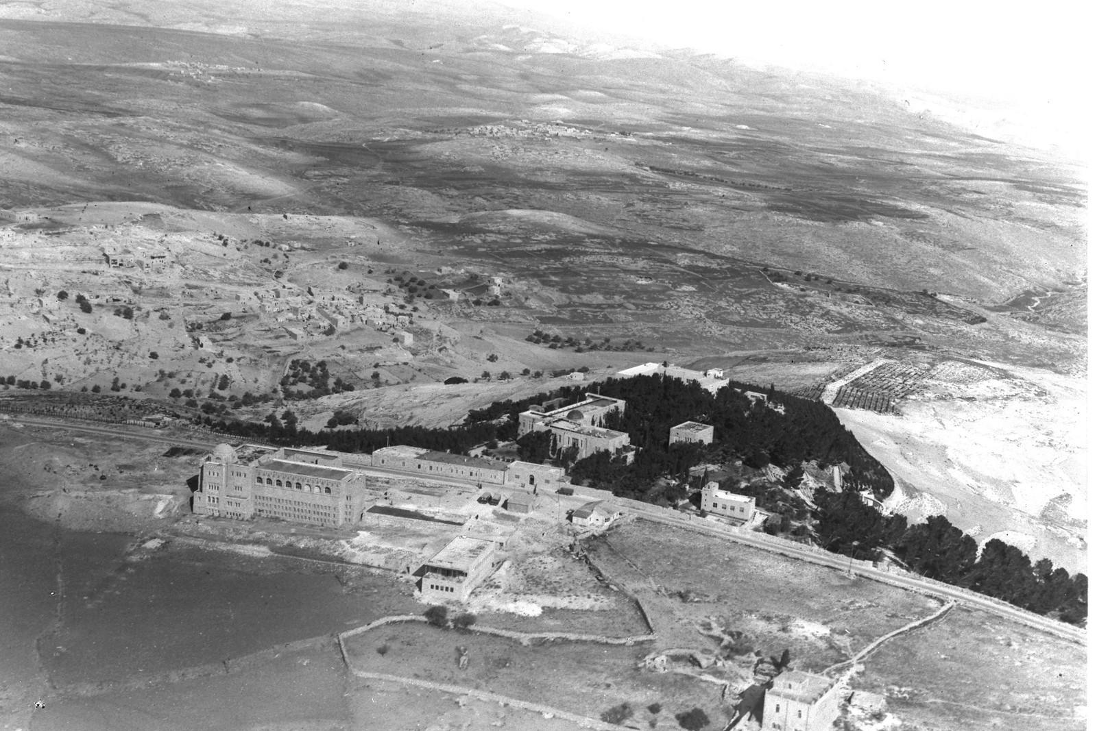 1937. Аэрофотоснимок Еврейского университета на горе Скопус, Иерусалим