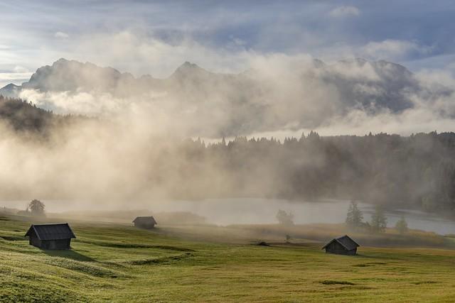 *Geroldsee @ Karwendelgebirge im lichten Nebel*