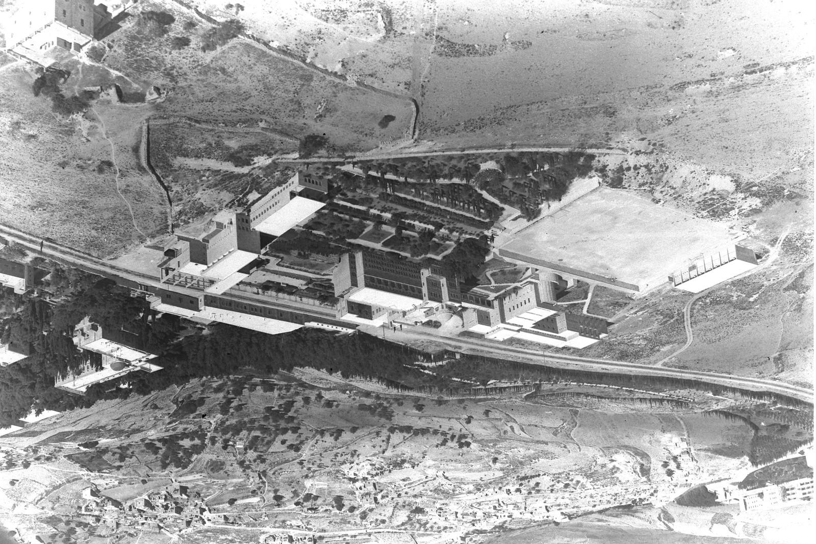 1946. Аэрофотоснимок Еврейского университета на горе Скопус