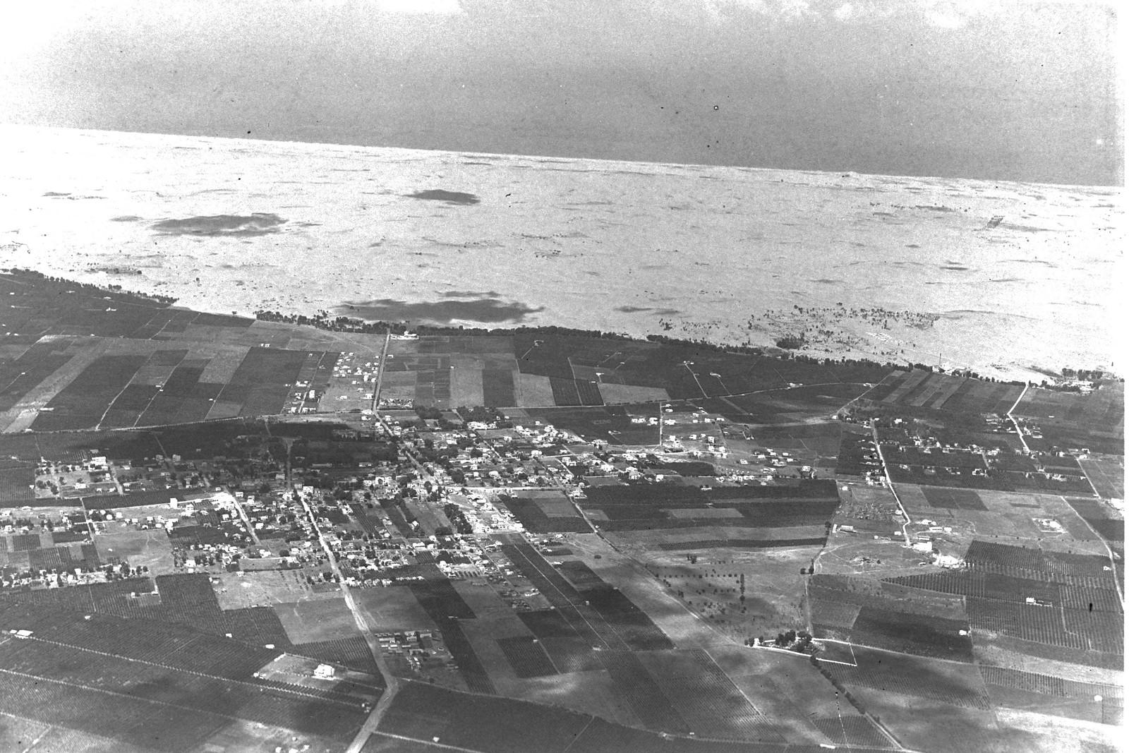 1937. Аэрофотоснимок Ришон ле-Циона