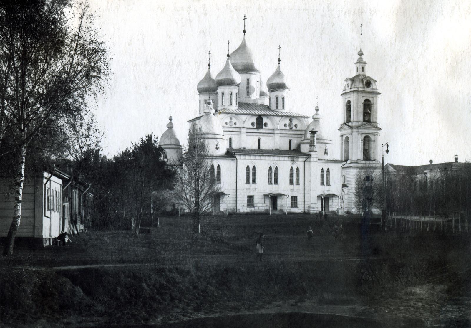 04. Вид на Успенский собор