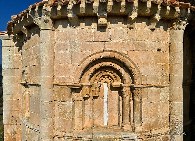 Buscando el Santo Grial en la Ermita de San Pantaleón (16)