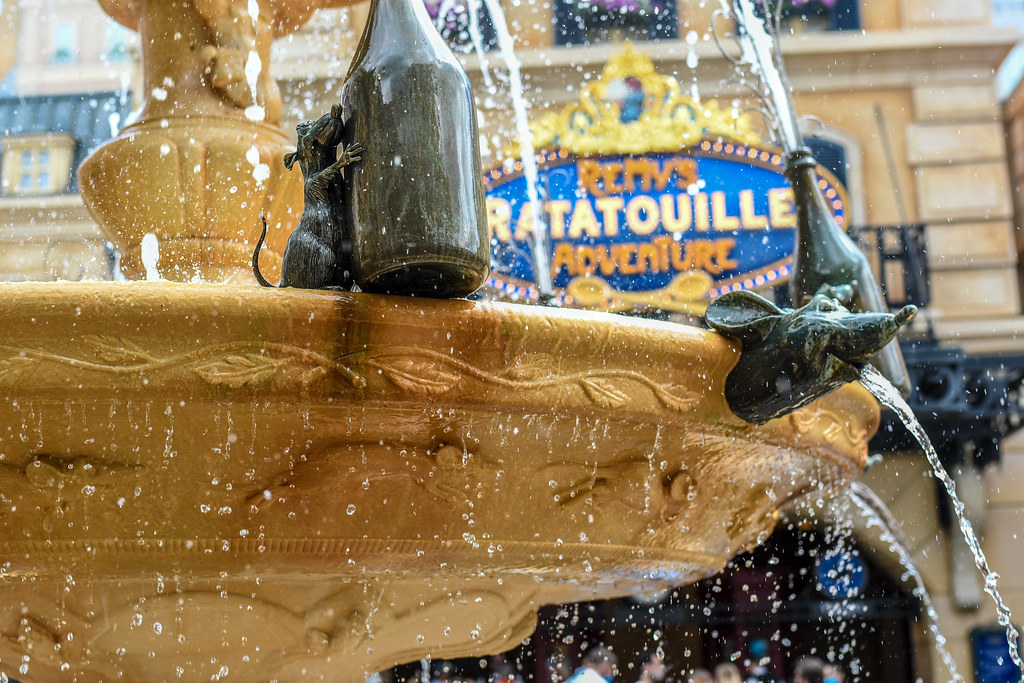 Remy's Ratatouille Adventure spitting fountain Epcot France