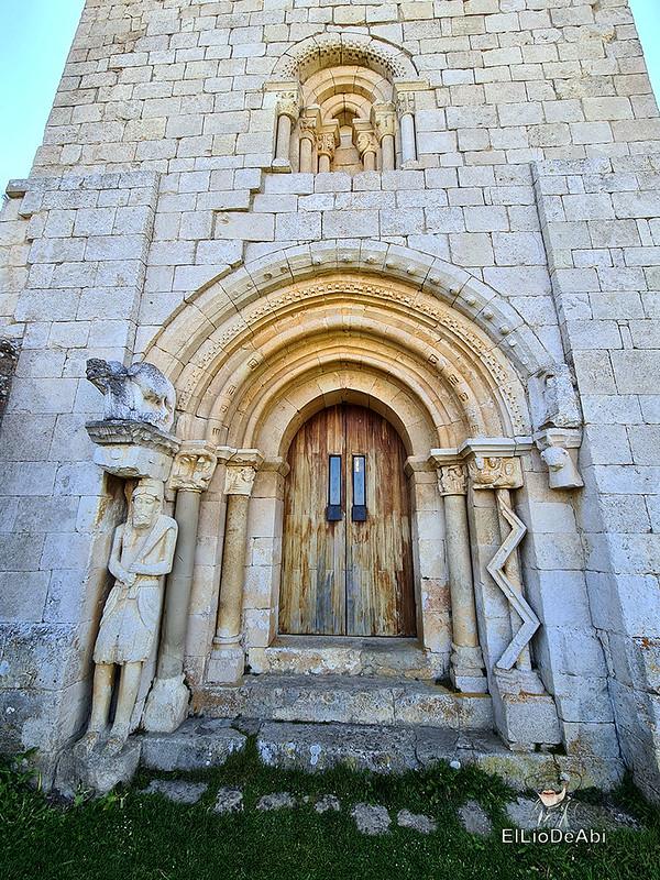 Buscando el Santo Grial en la Ermita de San Pantaleón (14)