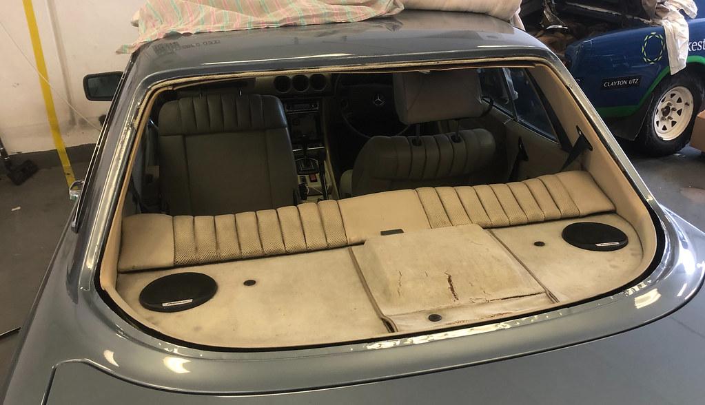 C107 rear windscreen installation