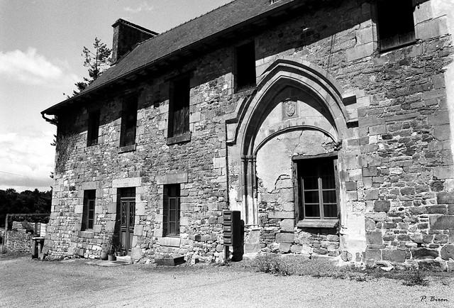 Abbaye du Nid-au-Merle à Saint-Sulpice-la-Forêt