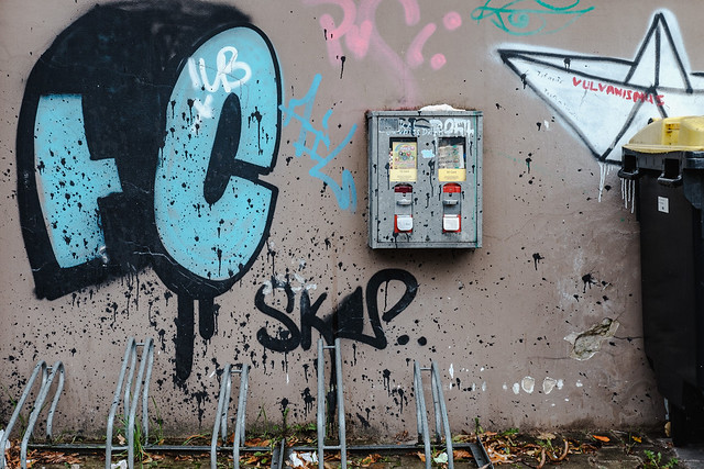 Es gibt noch Kaugummiautomaten ~ There are still chewing gum vending machines