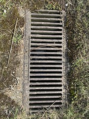 Peri track drainage