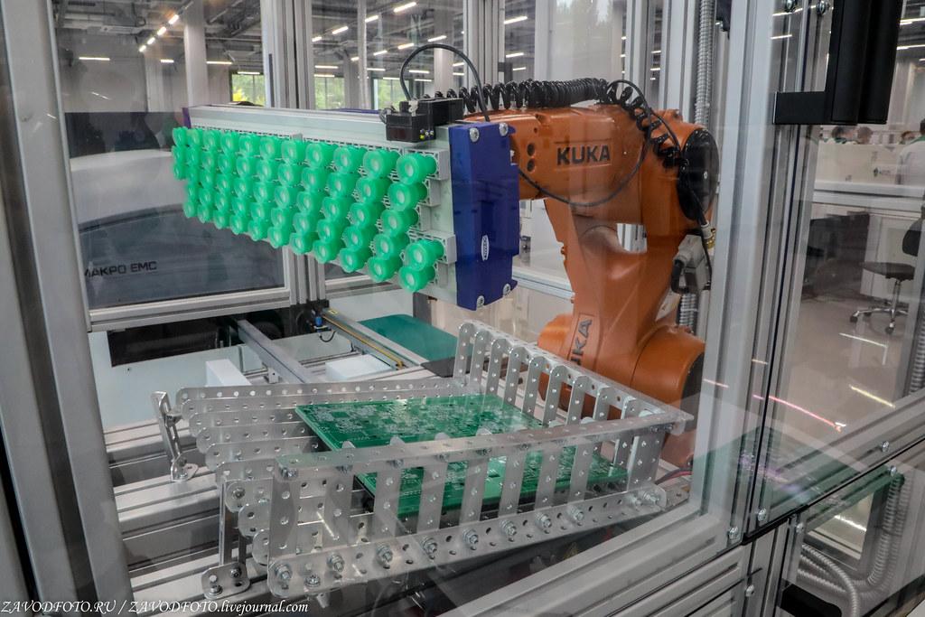 Какой он новый завод «Макро ЕМС» по производству электронных модулей 999A9144