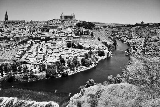 Toledo - 18.0-55.0 mm _ 18 mm _ 1-1600 Sek. bei f - 3,5 _ ISO 100 _  Canon EOS 350D DIGITAL _ 12. Juni 2006 _ IMG_7786.jpg