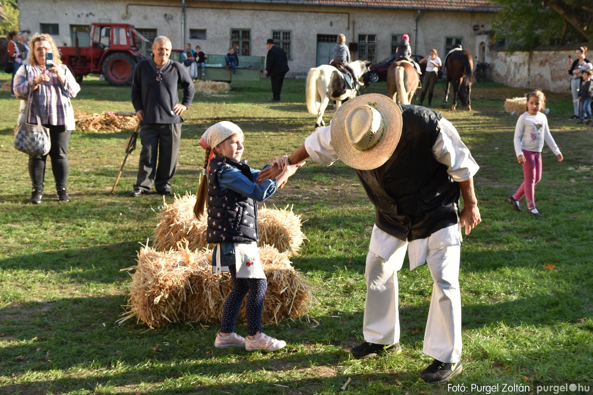 2021.10.02. 122 Szeg-Vár-Lak Egyesület - Kukorica nap - Fotó:PURGEL ZOLTÁN© DSC_0091q.jpg