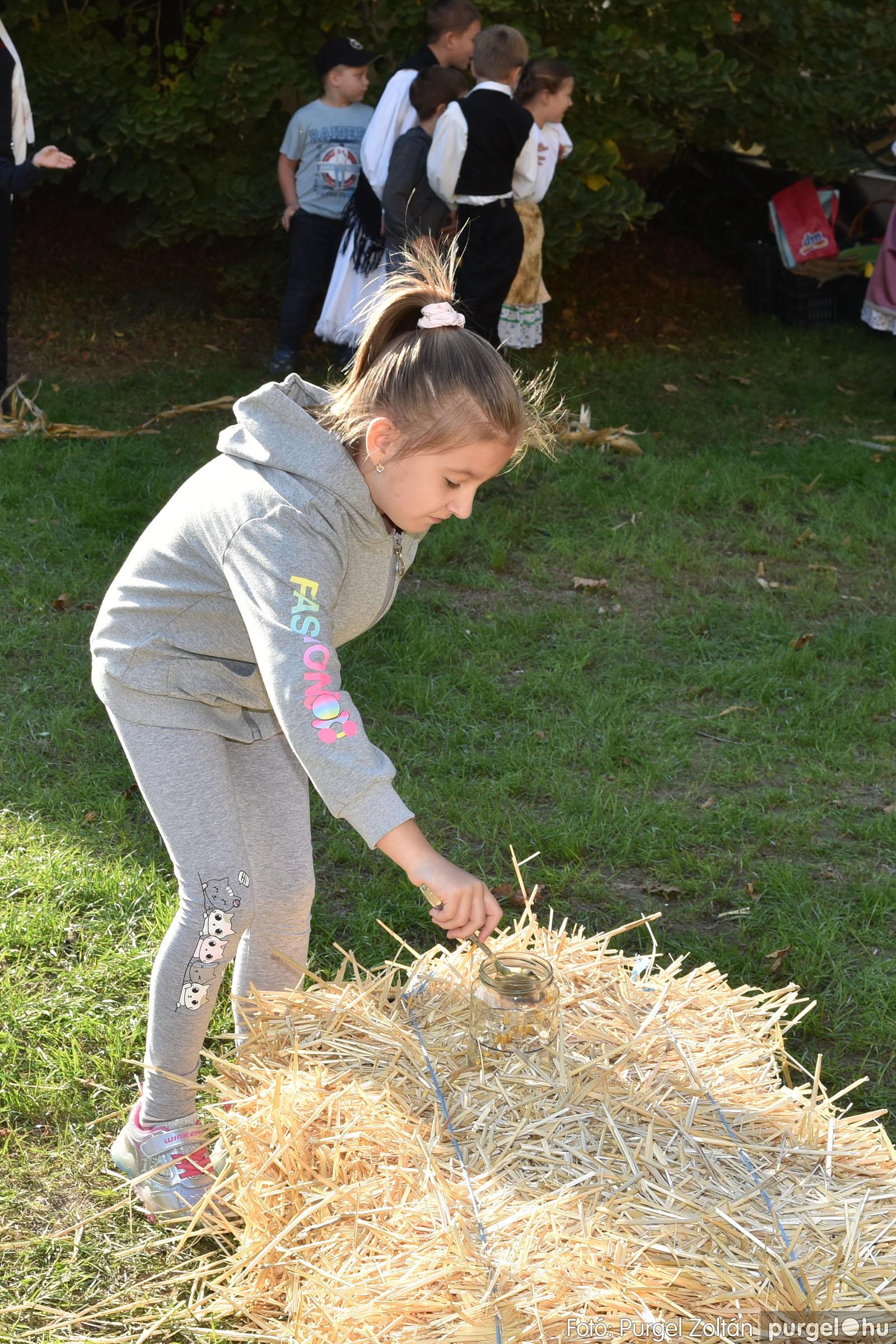 2021.10.02. 087 Szeg-Vár-Lak Egyesület - Kukorica nap - Fotó:PURGEL ZOLTÁN© DSC_0044q.jpg