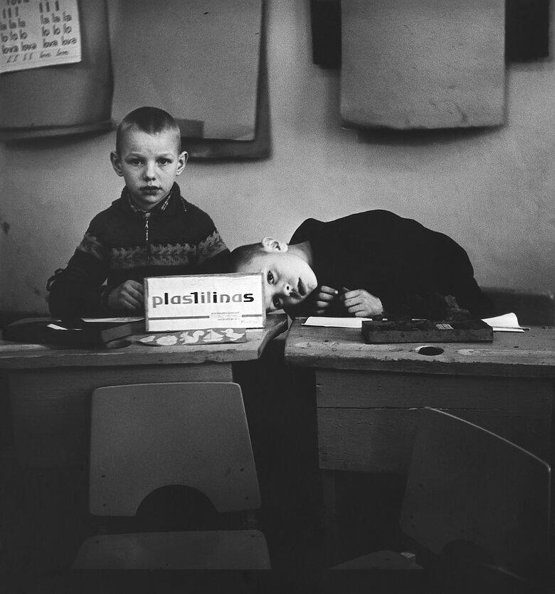 1962. Школа для слепых детей.  Пластелин. Каунас