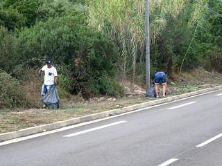 Route de Taddu Russu : nettoyeurs en plein travail