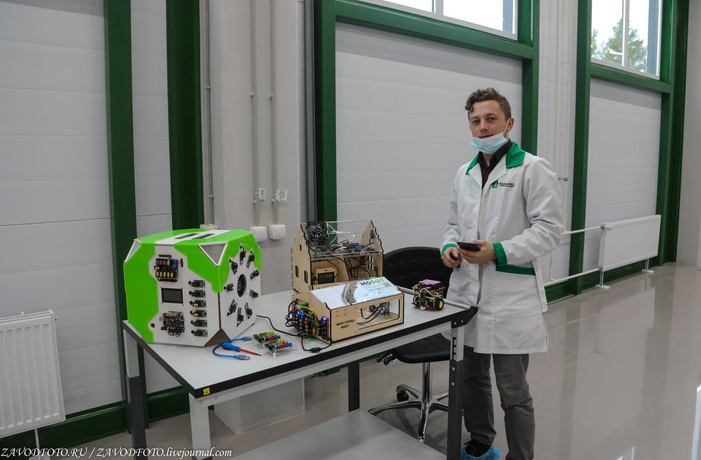 Какой он новый завод «Макро ЕМС» по производству электронных модулей 999A8790