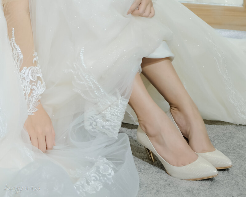 玫瑰金婚鞋