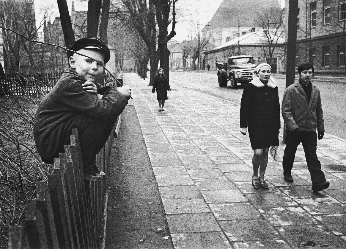 1962. Вильнюс. Мальчик на улице Правды
