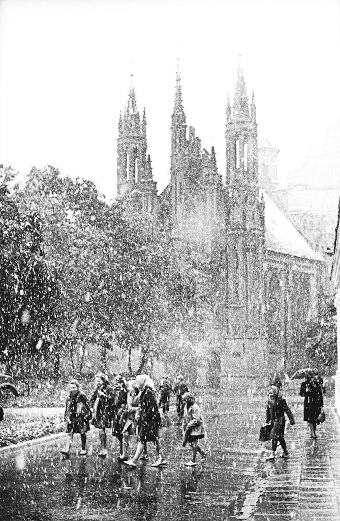 1961. Вильнюс. Мокрый снег. Церковь св.Анны