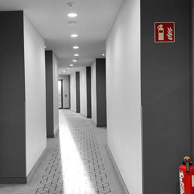 De gang / the corridor
