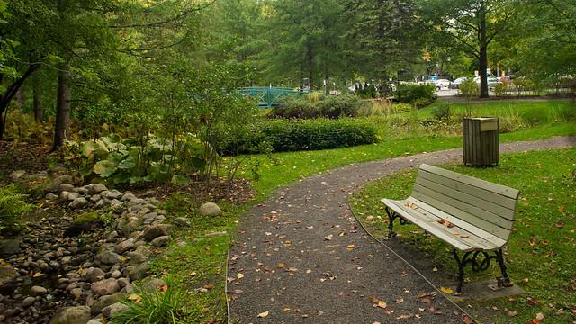 Banc, Parc du Bois-de-Coulonge, Québec, Canada - 07531